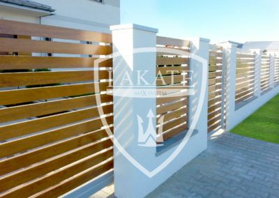An innovative system of aluminium fencing, which ideally imitates natural wood
